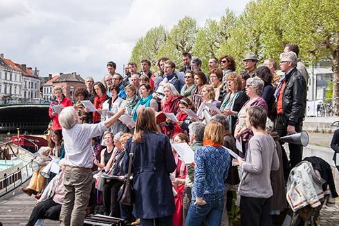 Krop in de Keel & (Rocsa) Singers…en verstekelingen o.l.v. Rik Debonne – Opening TRACK – 12 mei 2012 – Rodetorenkaai (Gent)