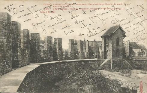 Serie 1 nr. 331 's-Gravensteen: Voorhof, Ringmuur, Walgang, Wachthuis (de kuip) I