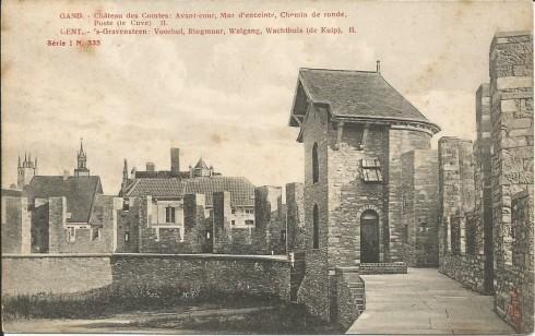 Serie 1 nr. 335 's Gravensteen: Voorhof, Ringmuur, Walgang, Wachthuis (de kuip) II