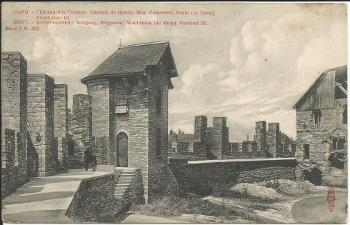 Serie 1 nr. 352 's Gravensteen – Walgang, Ringmuur, Wachthuis (de Kuip). Voorhof II